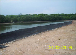 temporary-silt-fence-of-retaining-wall-punggol-c9